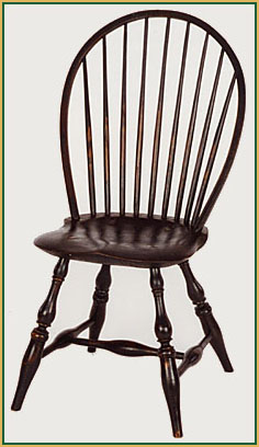Bow-back_Aged-Paint-Black Windsor Chair from Richard Grell