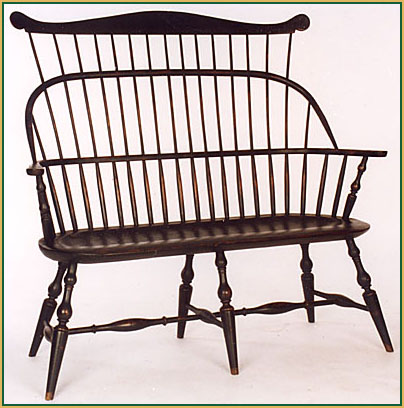 Hoop-back-Settee_with-a-Comb Windsor Chair from Richard Grell