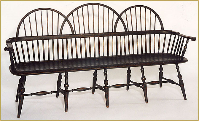 Triple-Bow-back-Settee Windsor Chair from Richard Grell